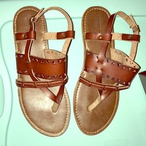 Brown sandals size 9